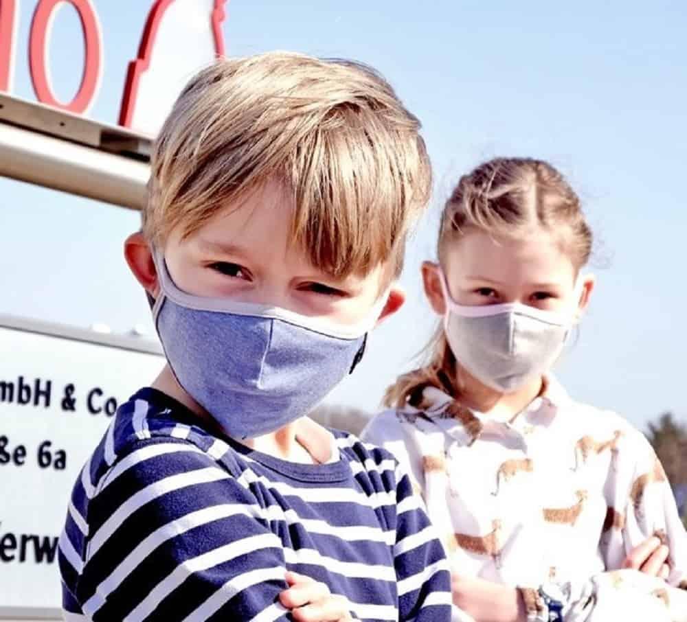 Kinder Mund und Nasenmaske blau